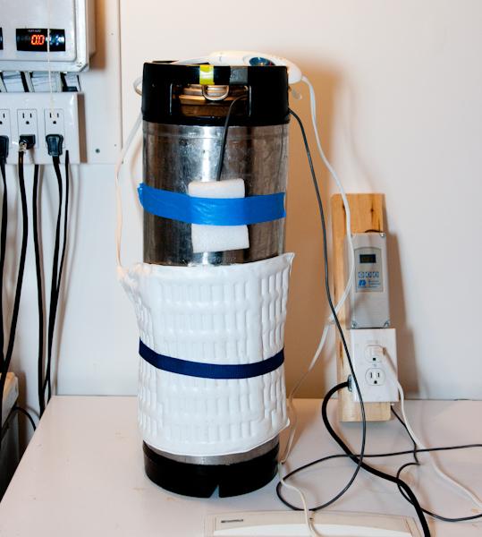 keg with heating pad and temperature sensor
